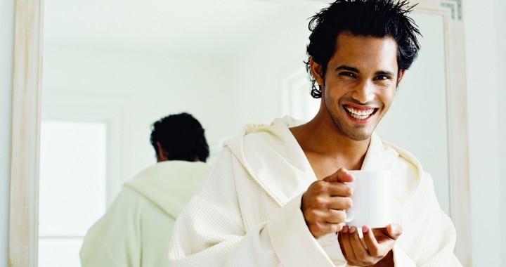 Man-robe-smile-cup-morning-wet-e1390838800412